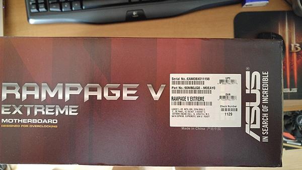 [MB+sped] Asus Rampage V Extreme-20151005_115735-1.jpg