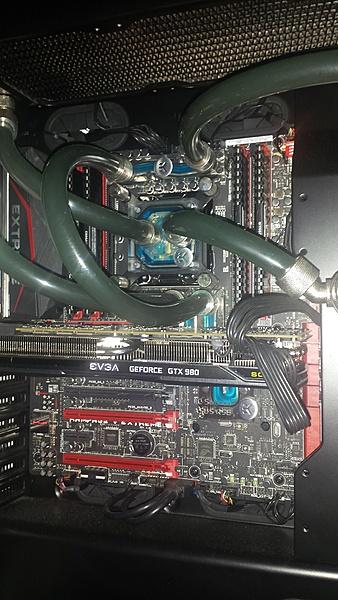 VENDO Scheda Madre Asus Rampage V Extreme e Cpu Intel I7 5960X  8 core OC + Altro-6.jpg