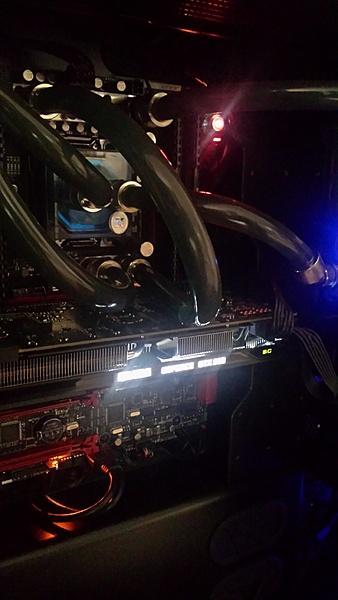 VENDO Scheda Madre Asus Rampage V Extreme e Cpu Intel I7 5960X  8 core OC + Altro-7.jpg