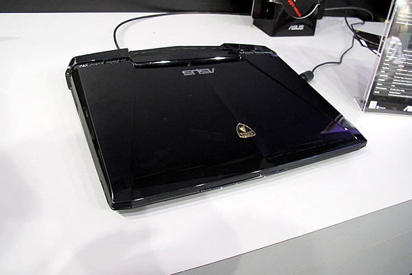 Games Week 2011 - Milano: Resoconto e proposte Asus-12.jpg