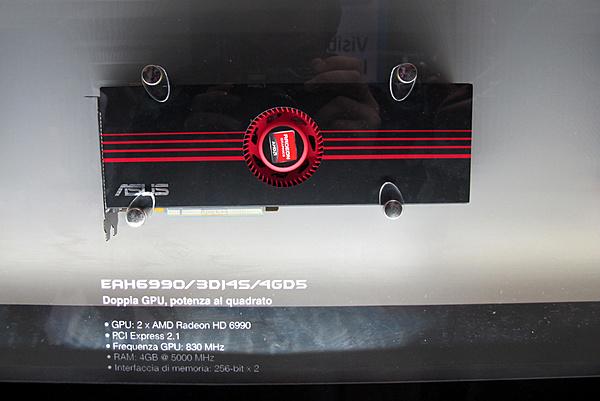 Games Week 2011 - Milano: Resoconto e proposte Asus-22.jpg