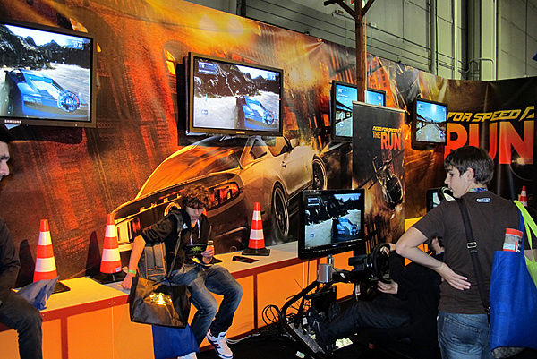 Games Week 2011 - Milano: Resoconto e proposte Asus-g-10.jpg