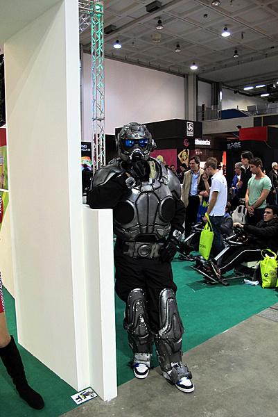 Games Week 2011 - Milano: Resoconto e proposte Asus-g2-10.jpg